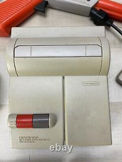 NES 101 Nintendo TOPLOADER Console System Bundle Super Mario 1 2 Max Controller