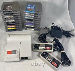 Nintendo NES 101 Top Loader Game System Console Bundle Controllers & 20 Games