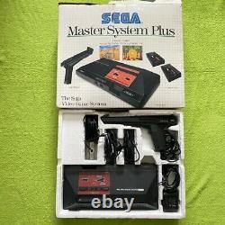 Sega Master System Plus Konsole mit OVP + 2 Controller + Light Phaser