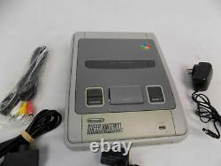 Super Nintendo Entertainment System SNES Console + 2x Controllers Bundle Tested