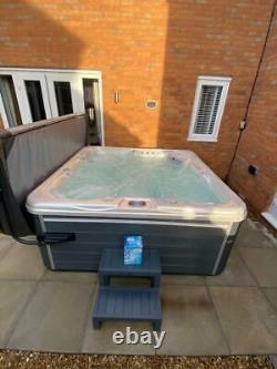 THE LUNA 5 Person Hot Tub With Balboa Control System 75 JETS 2 LOUNGERS